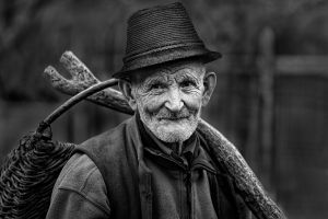 QIDC HM - Going to the Market by Elek Papp MFIAP