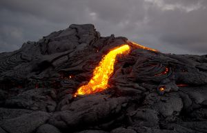 QIDC Bronze (Judges Choice) - Pu'u O'o Lava Flow 003 by Leif Alveen EFIAP PPSA