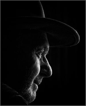 QIDC HM - Portrait Noir by Keith Seidel AFIAP FAPS
